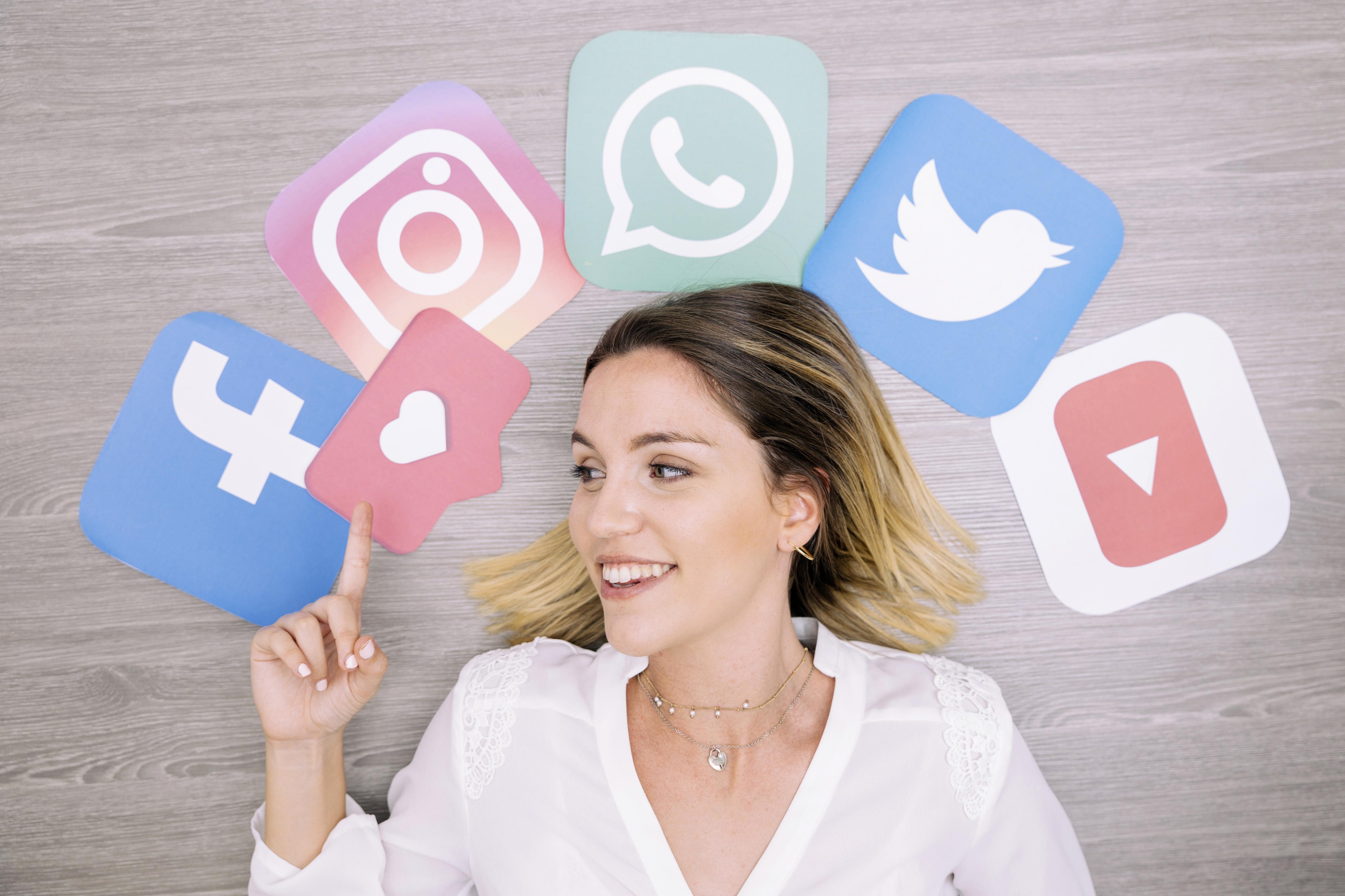 công cụ quản lý truyền thông mạng xã hội